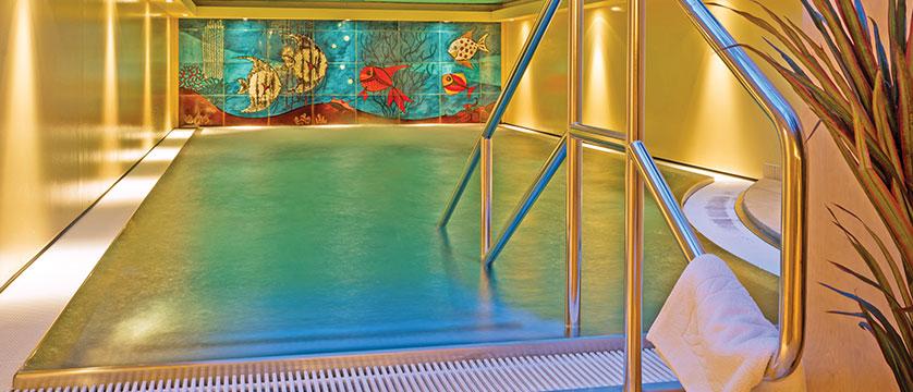 Chalet Hotel Elisabeth, Lech, Austria - Indoor pool.jpg